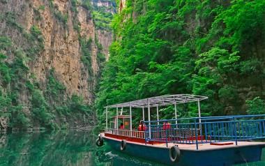 高峡平湖游船